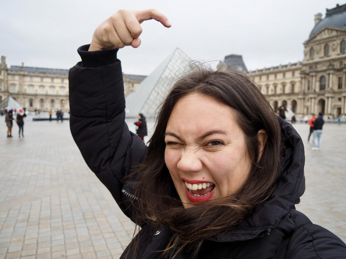 Evelyn Louvre Paris