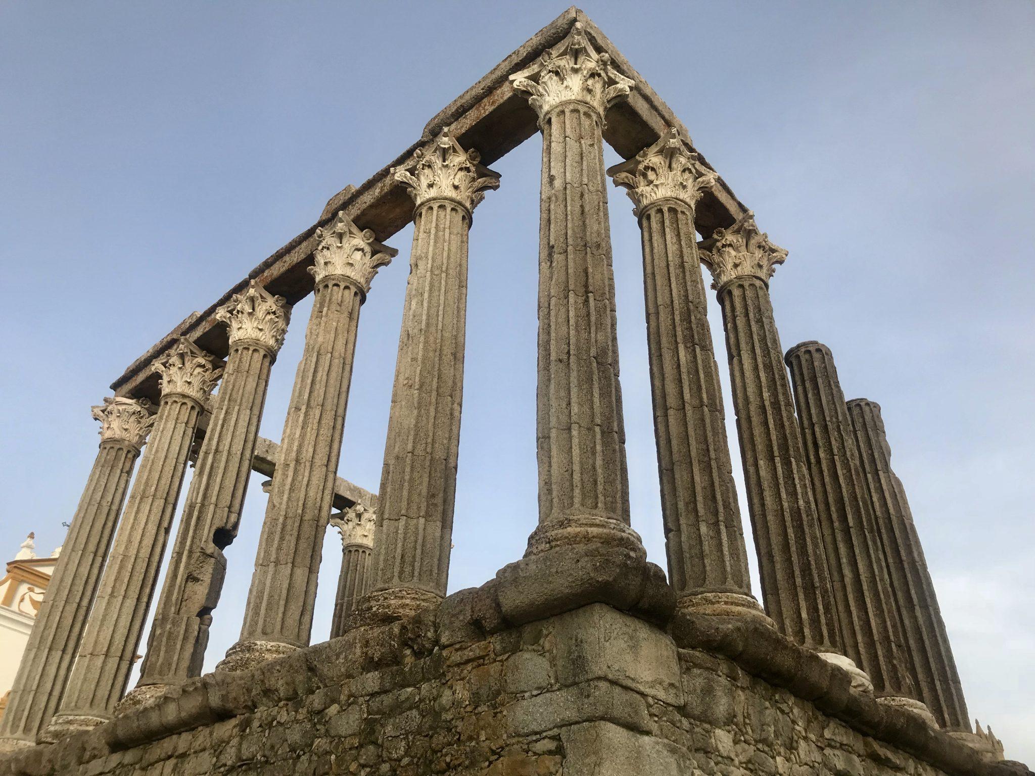 Evora Tempel