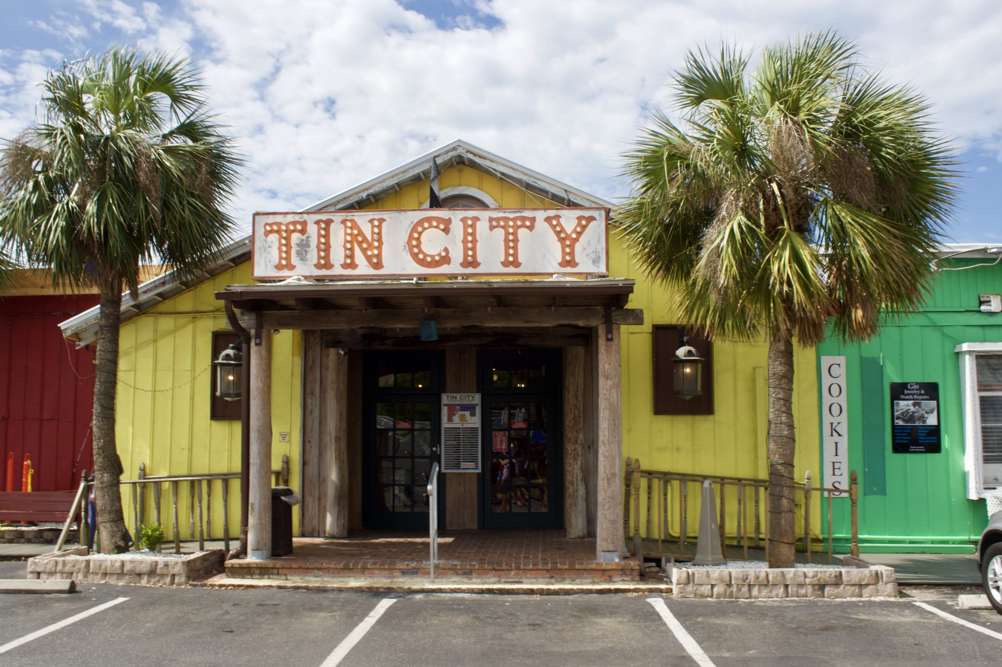 Tin City Naples